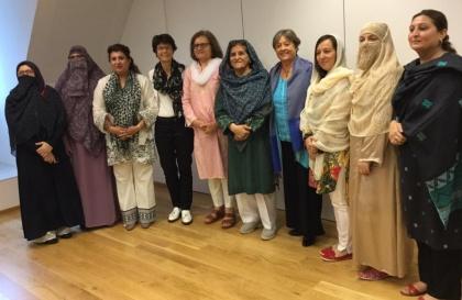 Foto mit Politikerinnen aus Pakistan